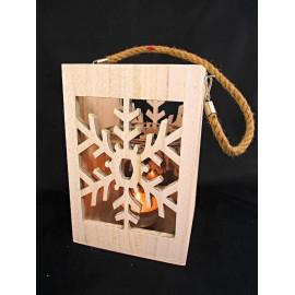 Świecznik drewniany śnieżynka ze szklanym kloszem 23 cm
